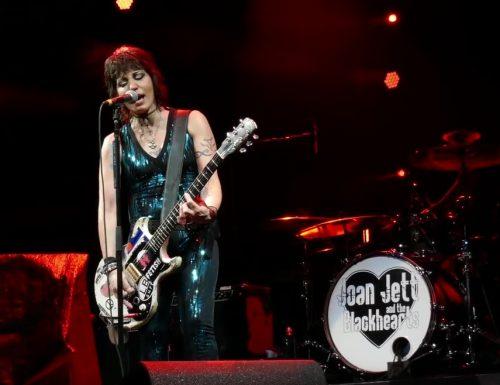 Joan Jett  infiamma Tampa in Florida